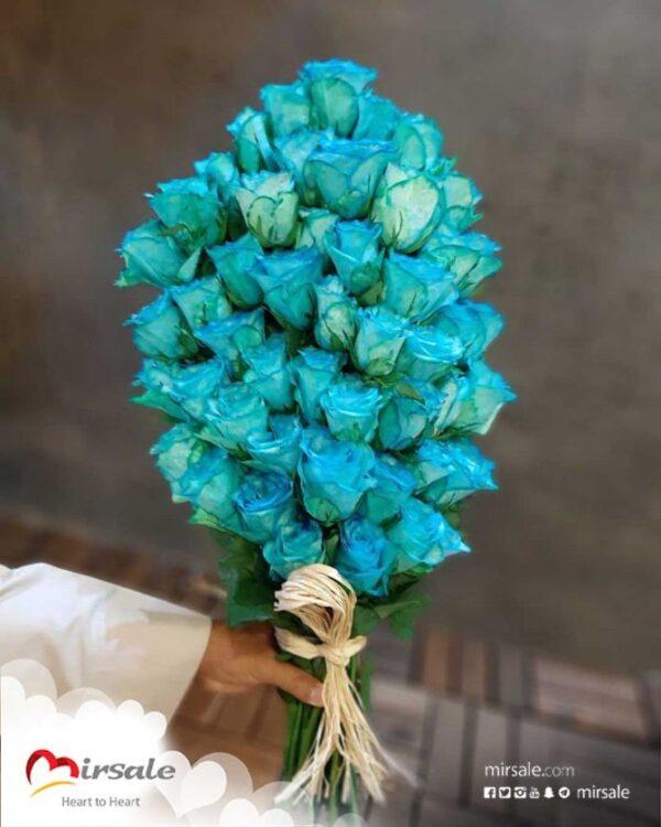 باقة ورد زرقاء